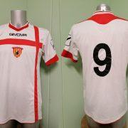 Vintage Benevento Calcio away shirt GIVOVA 9 football jersey size M (1)