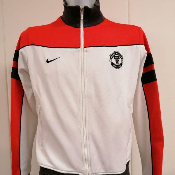 Vintage Nike Men's Manchester United Squad Sideline Jacket size M (1)