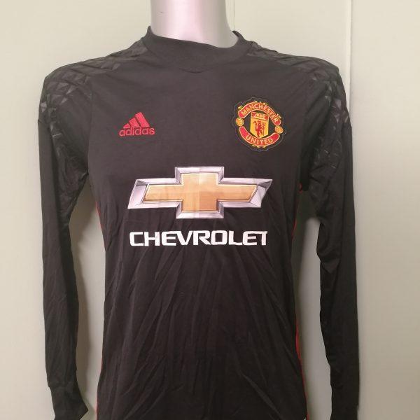 Manchester United 2016 2017 goal keeper shirt adidas ls size Boys XL 176 15-16Y (2)