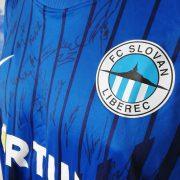 Squad signed Slovan Liberec 2012 2013 home shirt size XXL Bobo 50 (4)