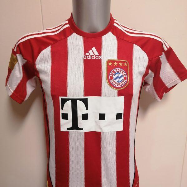Bayern Munchen 2010 2011 home shirt adidas Muller 25 size Boys L 164 14Y (2)