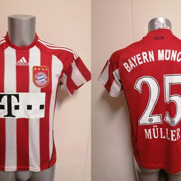Bayern Munchen 2010 2011 home shirt adidas Muller 25 size Boys L 164 14Y