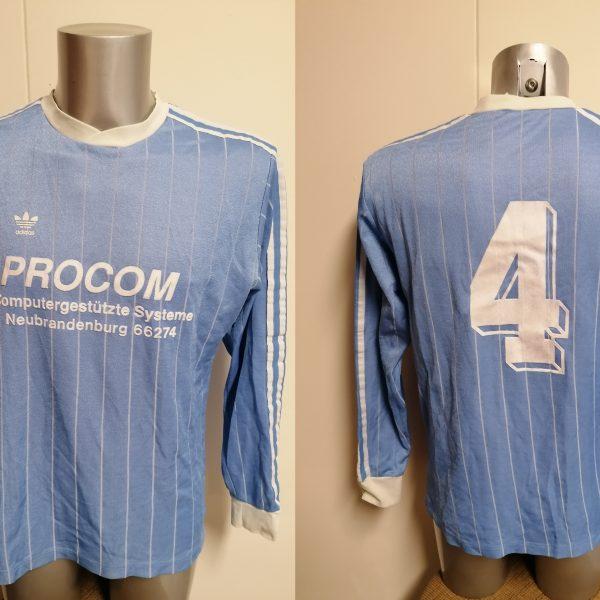 Vintage Adidas 1980ies blue football shirt #4 size L made in Yugoslavia