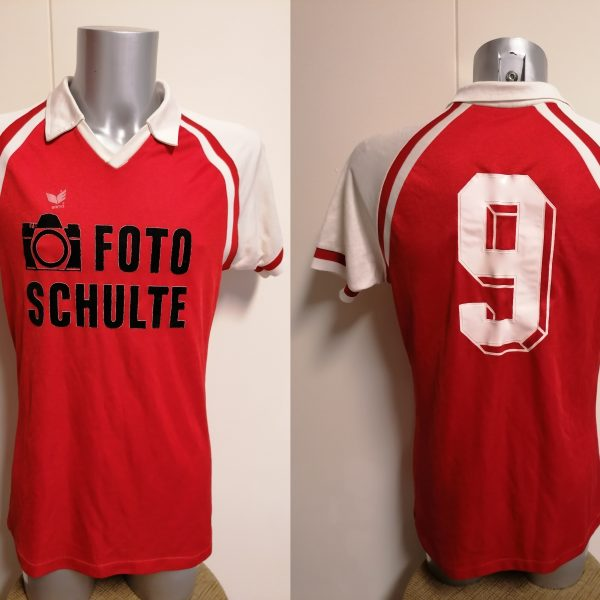Vintage Erima 1980ies red football shirt #9 size L made in west germany