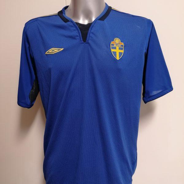 Vintage Sweden 2004 2005 2006 away shirt Umbro football top size XL (1)