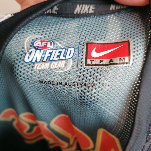Carlton FC AFL Australian Football On-Field team gear jersey t-shirt Nike XL (2)