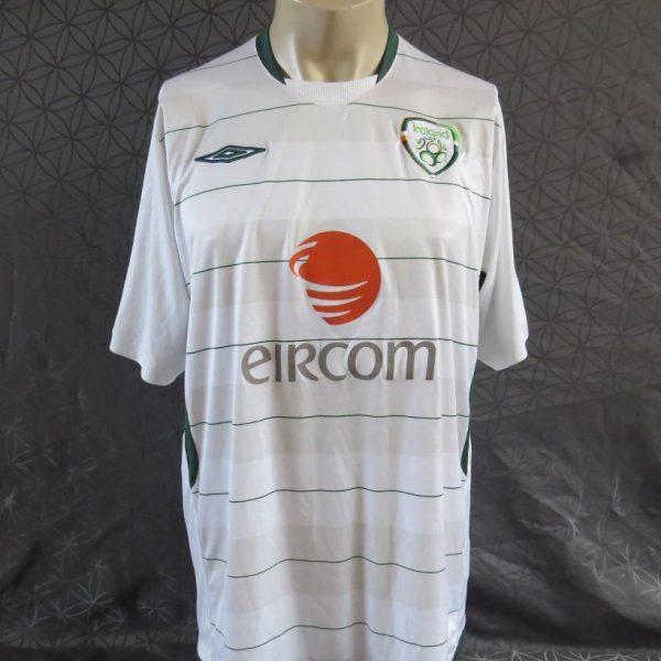 Ireland-2009-10-away-shirt-soccer-jersey-maillot-camiseta-maglia-UMBRO-size-XL-192335665660